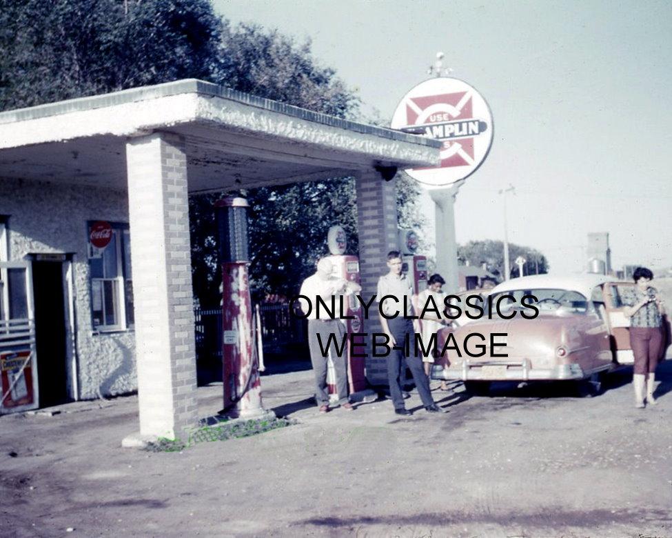Mobil Gas Card >> 1960 CHAMPLIN GAS STATION WI PHOTO AMERICANA AUTOMOBILIA OLD COCA-COLA SIGN PUMP | eBay
