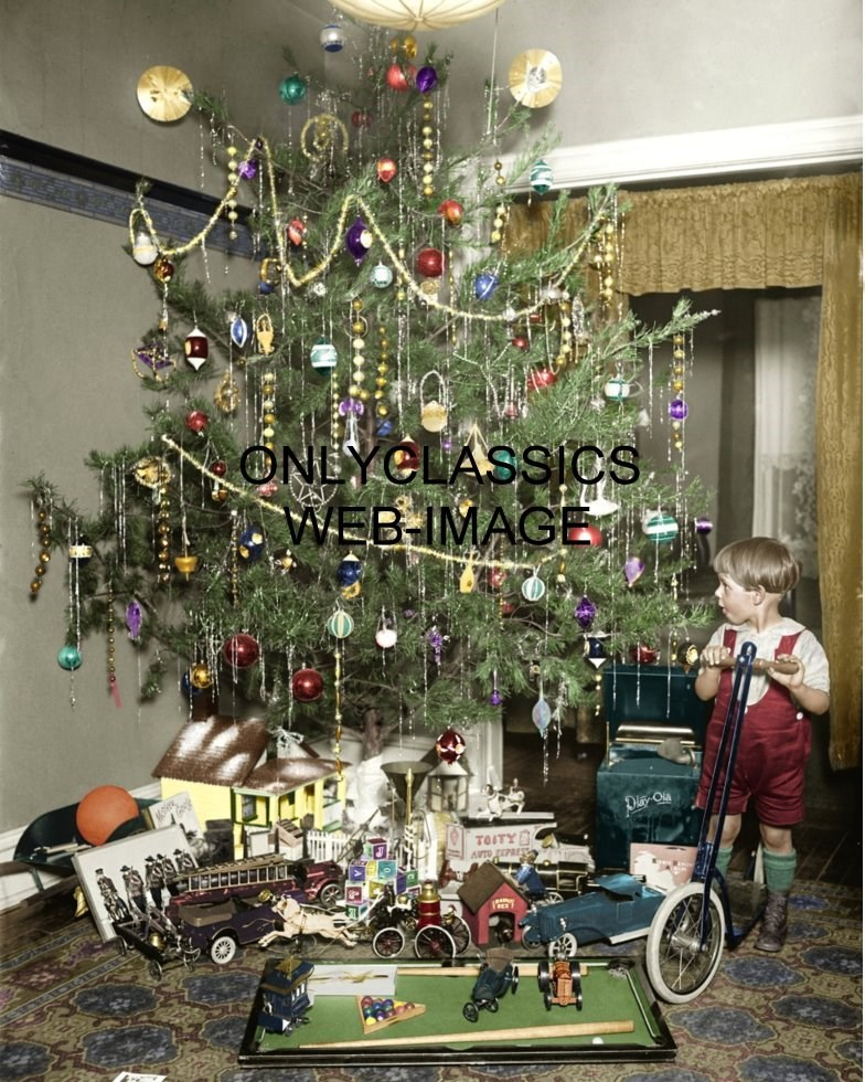 1922 VINTAGE CHRISTMAS TREE ALL DECORATED COLORIZED PHOTO